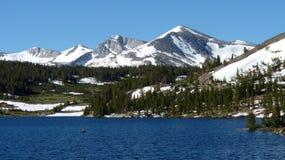 Montañas en Yosemite NP Imagen de archivo