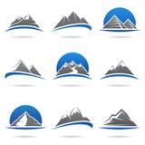 Montañas fijadas. Vector Fotos de archivo libres de regalías