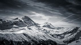 Montañas francesas en blanco y negro Fotos de archivo