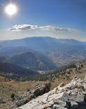 Montañas grandes hermosas en la provincia Fotografía de archivo