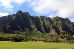 Montañas hawaianas foto de archivo