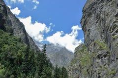 Montañas hermosas de Himalaya foto de archivo libre de regalías
