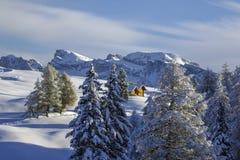 Montañas italianas en el invierno imagen de archivo libre de regalías
