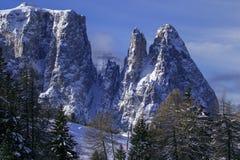 Montañas italianas en el invierno fotografía de archivo