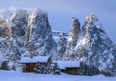 Montañas italianas en el invierno foto de archivo libre de regalías