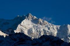 Montañas Nevado de Tíbet. Imagen de archivo libre de regalías