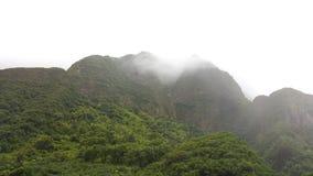 Montañas nubladas del valle de Iao Imagen de archivo libre de regalías