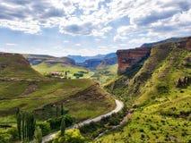 Montañas parque nacional, Suráfrica de la puerta de oro foto de archivo