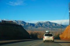 Montañas Roadtrip Imágenes de archivo libres de regalías