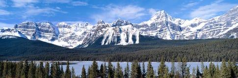 Montañas rocosas Foto de archivo