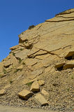 Montañas rocosas cerca de la ciudad de Tamasha imagen de archivo