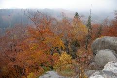 Montañas - Rudawy Janowickie imagen de archivo