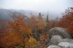 Montañas - Rudawy Janowickie foto de archivo