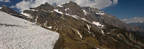 Montañas suizas Imagen de archivo libre de regalías