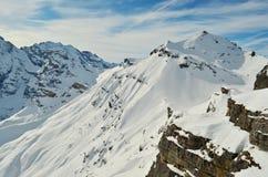 Montañas suizas Schilthorn   Imagen de archivo