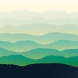 Montañas verdes en la niebla Fondo inconsútil Imágenes de archivo libres de regalías
