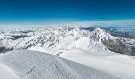 Montañas, viaje, naturaleza, lugar hermoso, nieve, hielo fotografía de archivo