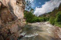 Montañas, viaje, naturaleza, lugar hermoso, ríos, agua imagen de archivo libre de regalías