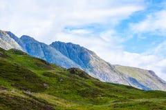 Montañas visión panorámica, escocés Higlands, Escocia, Reino Unido de Glencoe, de la región de la montaña, de Escocia Glencoe o d Imagen de archivo libre de regalías