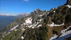 Montañas y cielo fotografía de archivo