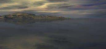 Montañas y cloudscape del mar Foto de archivo libre de regalías
