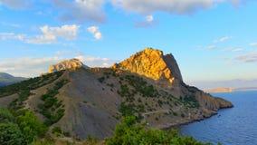 Montañas y el Mar Negro imagen de archivo libre de regalías