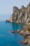 Montañas y el Mar Negro crimeos Foto de archivo libre de regalías