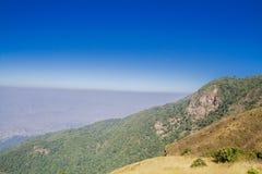 Montañas y horizonte Imagen de archivo