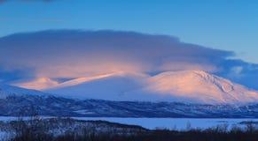 Montañas y nieve Fotos de archivo libres de regalías