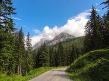Montañas y nubes 1 fotos de archivo libres de regalías