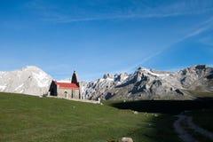 Montañas y nubes de Picos de Europa Fotos de archivo libres de regalías