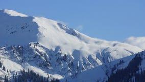 Montañas y picos hermosos de las montañas en el Tirol Fotografía de archivo
