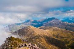 Montañas y sol Foto de archivo libre de regalías
