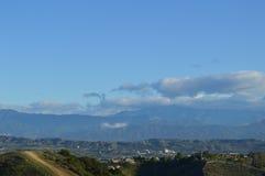 Montañas y valle de San Gabrial Fotos de archivo libres de regalías