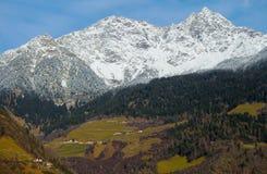 Montañas y Venosta val Imagen de archivo libre de regalías