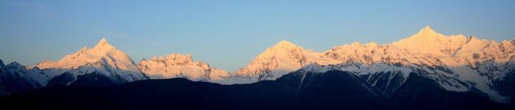 Montaña de la nieve de Meili (príncipe Snow Mountain) Imagenes de archivo