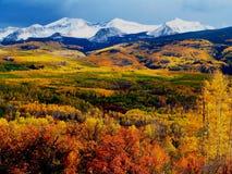Montañas de la caída Imagen de archivo libre de regalías