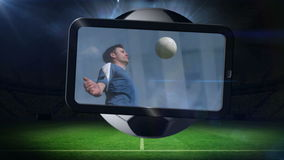 Montage ποδοσφαίρου που παρουσιάζει σφαίρα λακτίσματος φορέων φιλμ μικρού μήκους