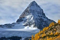 Montagem Assiniboine no canadense Montanhas Rochosas Imagens de Stock Royalty Free