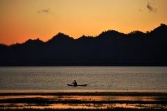 Montagem Batur e barco só Foto de Stock