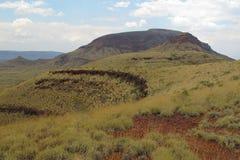Montagem Bruce perto do parque nacional de Karijini, Austrália Ocidental fotografia de stock royalty free