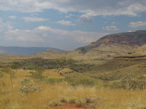 Montagem Bruce perto do parque nacional de Karijini, Austrália Ocidental fotos de stock