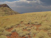 Montagem Bruce perto do parque nacional de Karijini, Austrália Ocidental imagem de stock royalty free