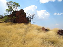 Montagem Bruce perto do parque nacional de Karijini, Austrália Ocidental foto de stock