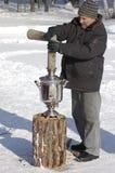 Montagem do samovar em Shrovetide Fotos de Stock Royalty Free