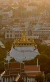 A montagem dourada em Wat Saket em Banguecoque, Tailândia Imagem de Stock