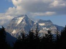 Montagem Robson nas Montanhas Rochosas Imagens de Stock