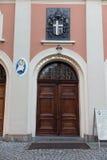 Montagem St Anna, Polônia - 7 de julho de 2016: Papa St John Paul dos braços mim imagens de stock