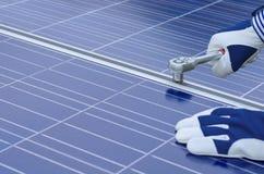 Montaggio dei comitati solari immagine stock libera da diritti