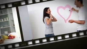 Montaggio delle coppie felici a casa archivi video